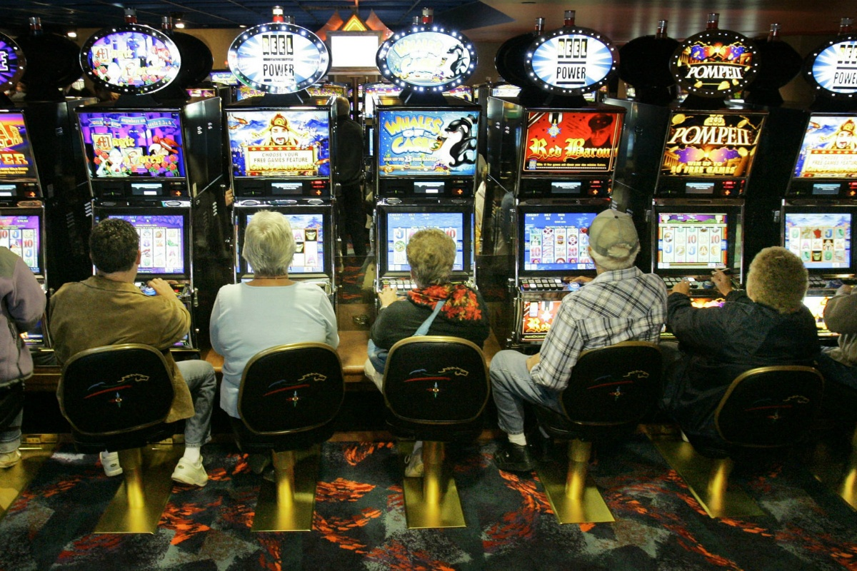 slots house edge casino odds