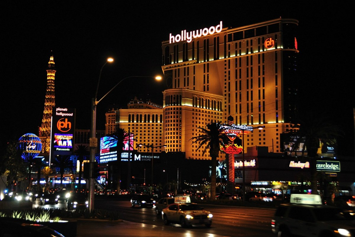 Eldorado Resorts Caesars Las Vegas