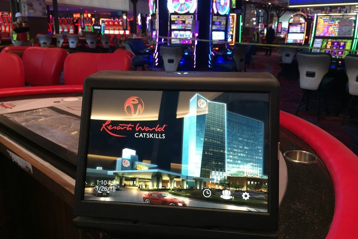 Genting credit rating Resorts World Empire Resorts