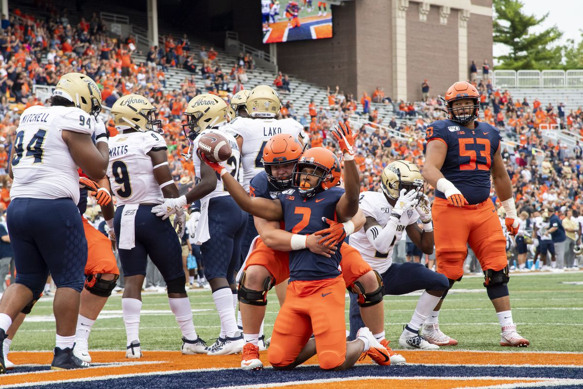 Illinois football odds college spread