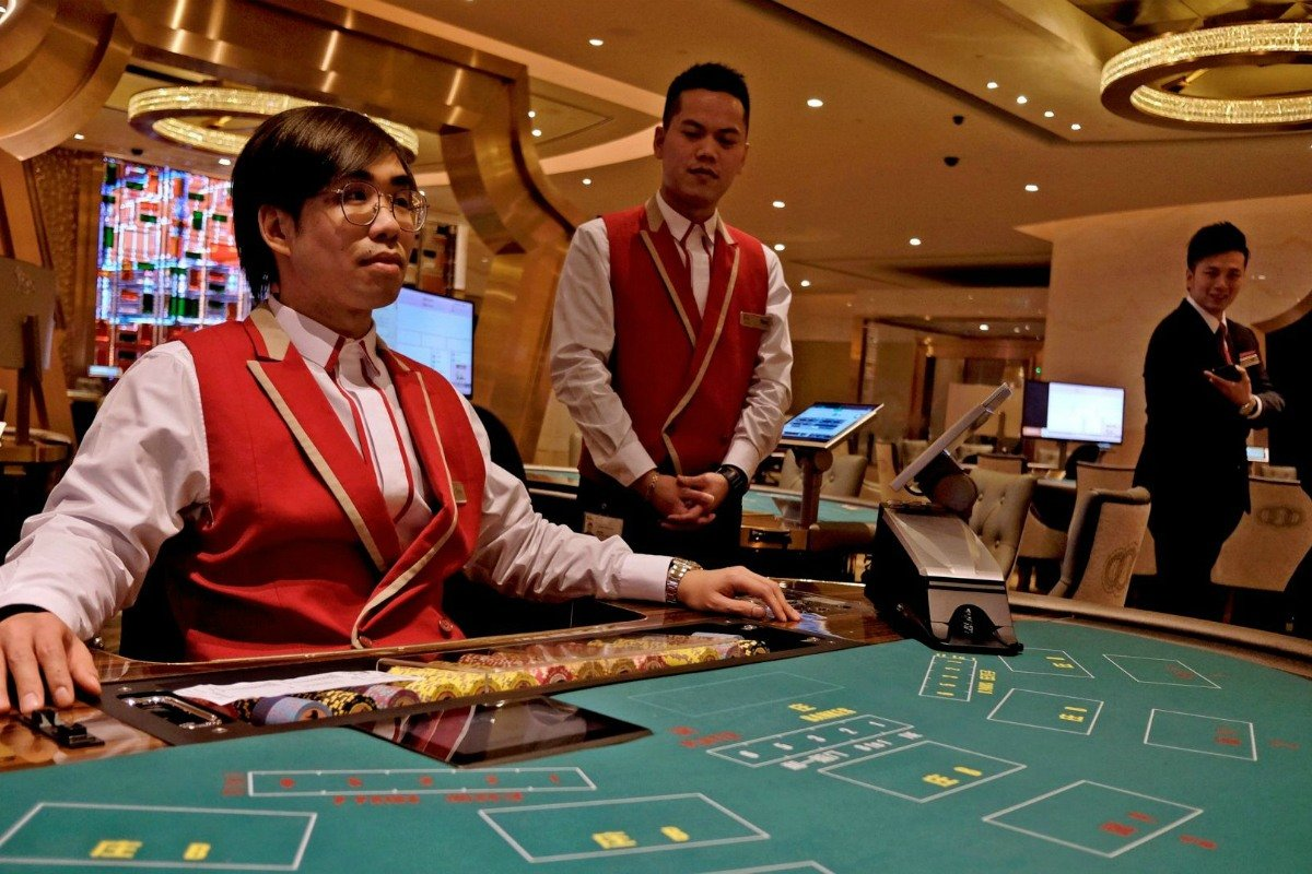Macau Golden Week casino GGR
