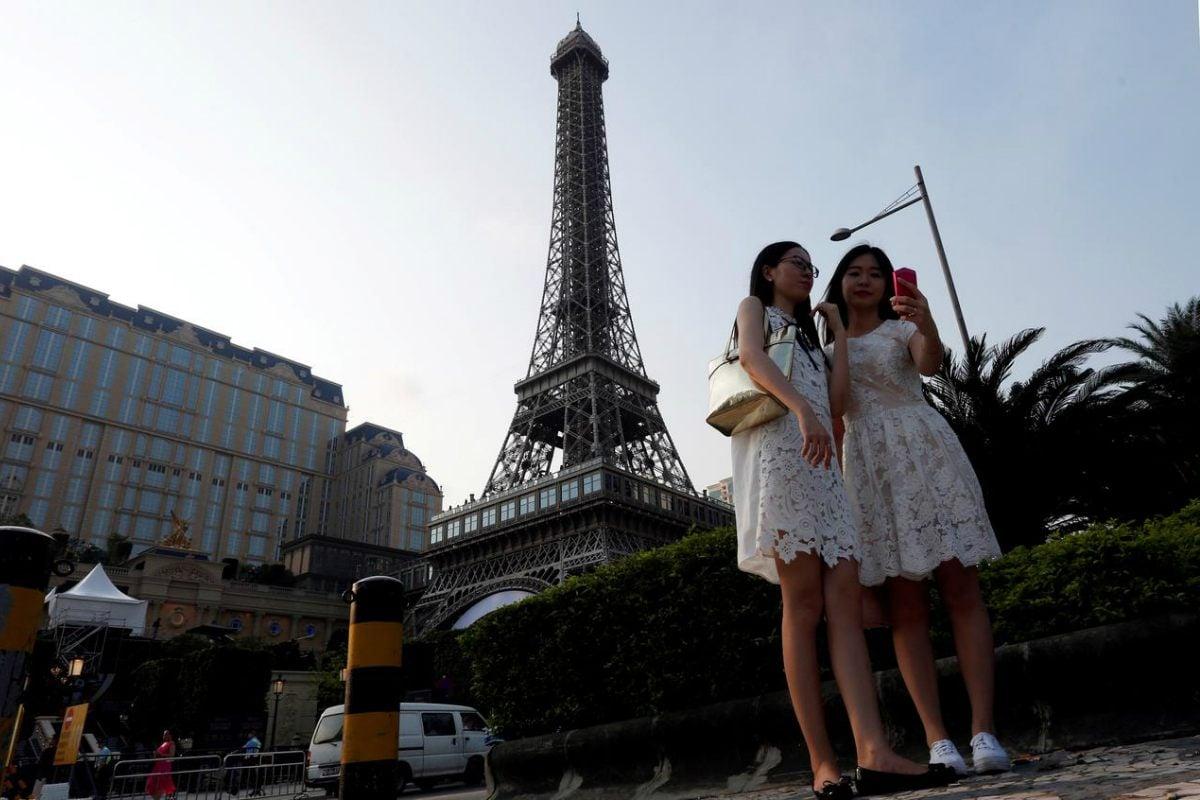 Macau recession economy China prostitution