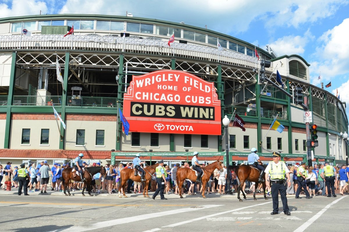 Chicago sports betting Wrigley Field