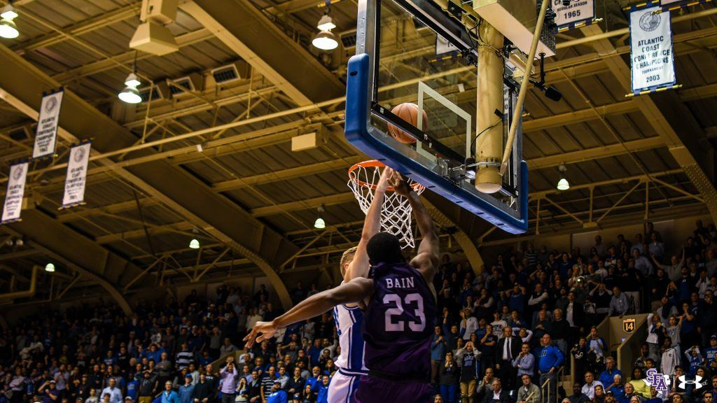 Stephen F Austin Latest To Stun College Hoops After
