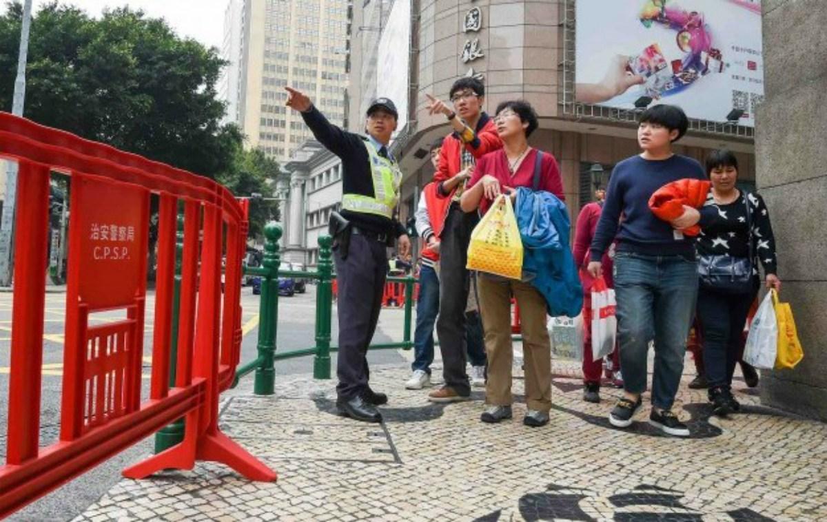 Macau visitors casino spend