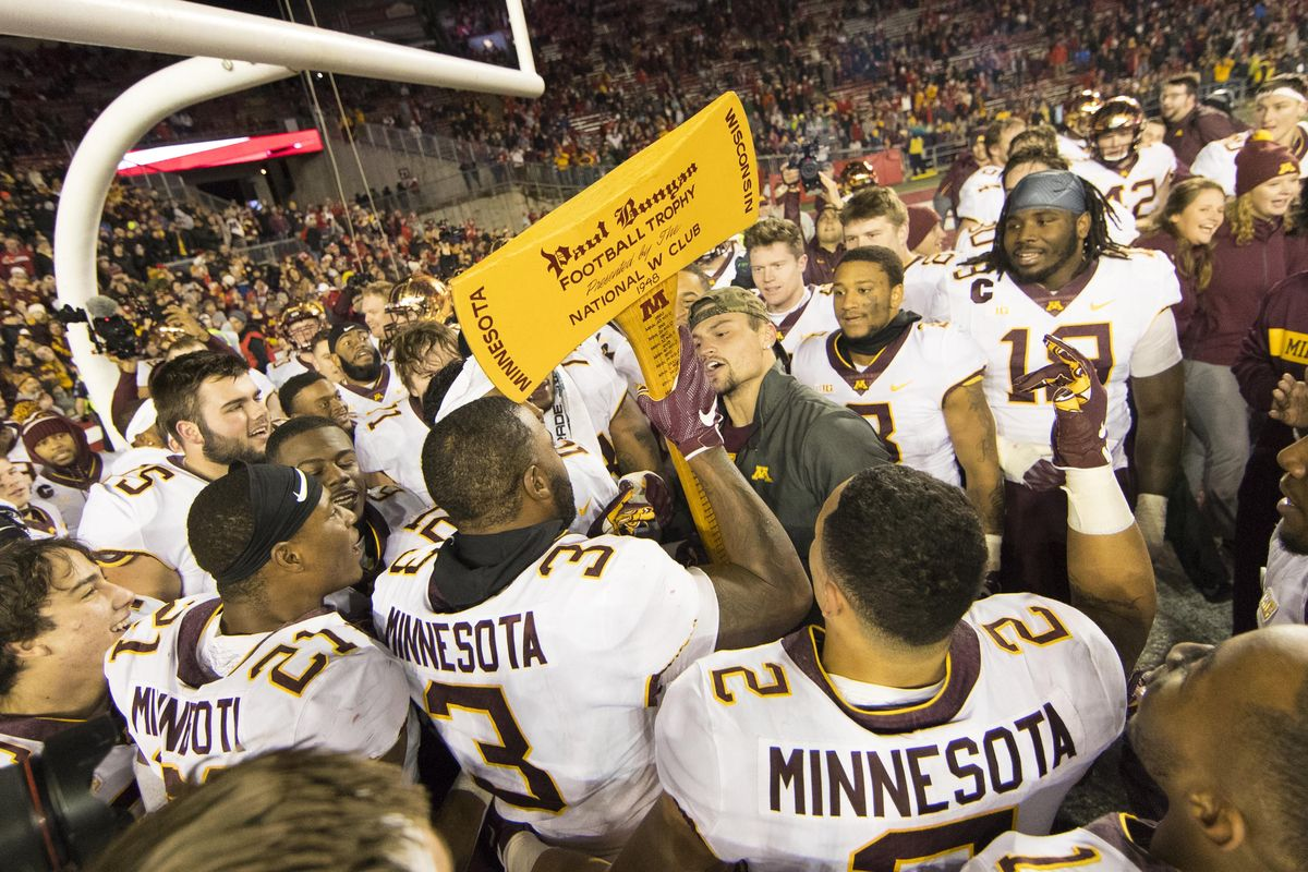 Week 14 College Football odds Minnesota Wisconsin