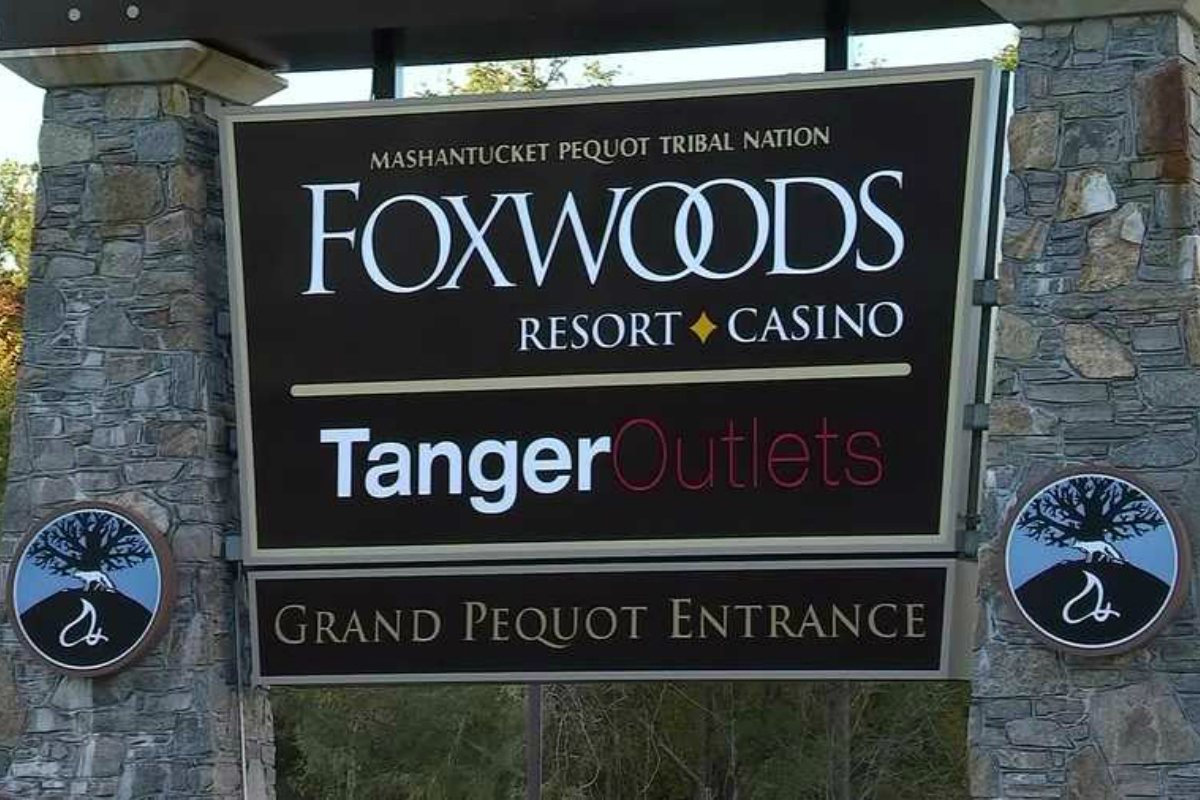 Foxwoods casino slot revenue GGR