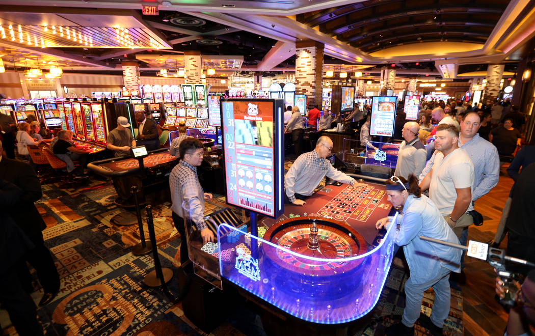 Massachusetts casinos Connecticut GGR