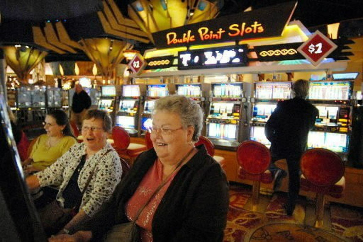 Connecticut casinos slot GGR