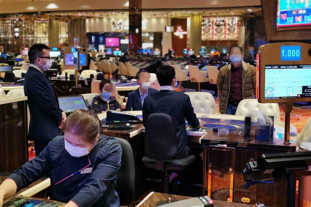 Macau casino GGR coronavirus