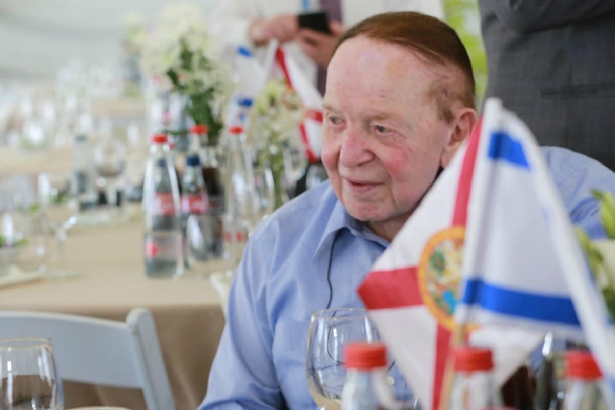 Sheldon Adelson coronavirus masks