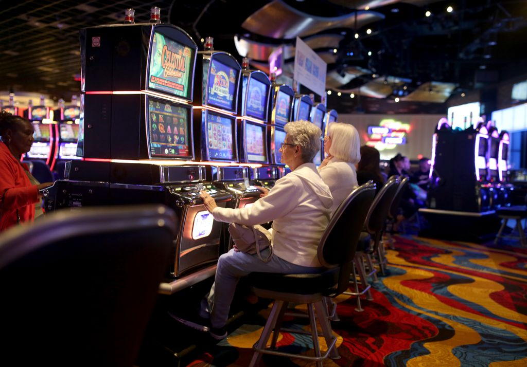 Slots casinos COVID-19
