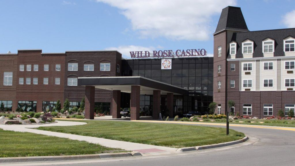 Iowa casinos reopen