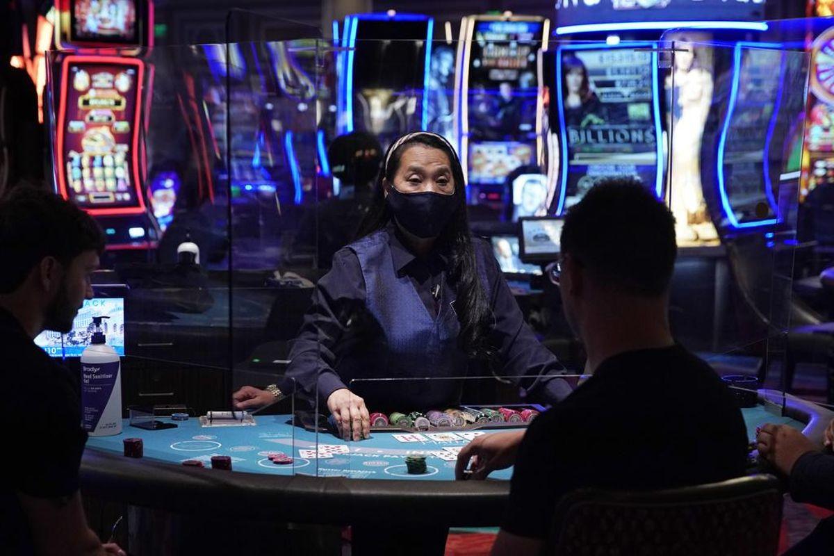 face mask Nevada casinos Las Vegas
