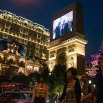 Las Vegas Sands Earnings Estimates Trimmed, UBS Analyst Expects Macau License Rebidding Delays