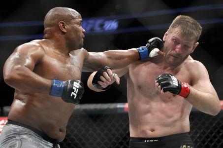 Cormier Miocic UFC 252
