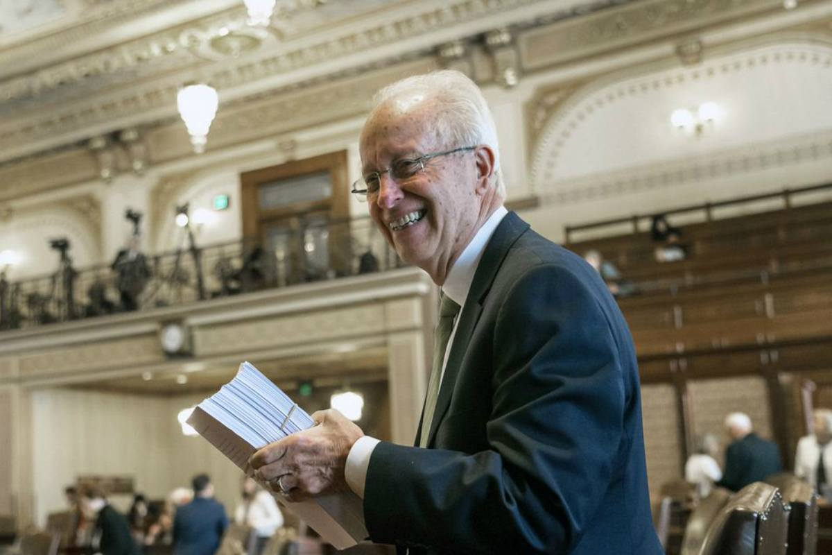 Illinois Terry Link resignation casino bill