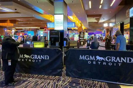 Detroit casinos MGM gaming revenue