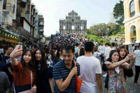 Macau casinos Golden Week China