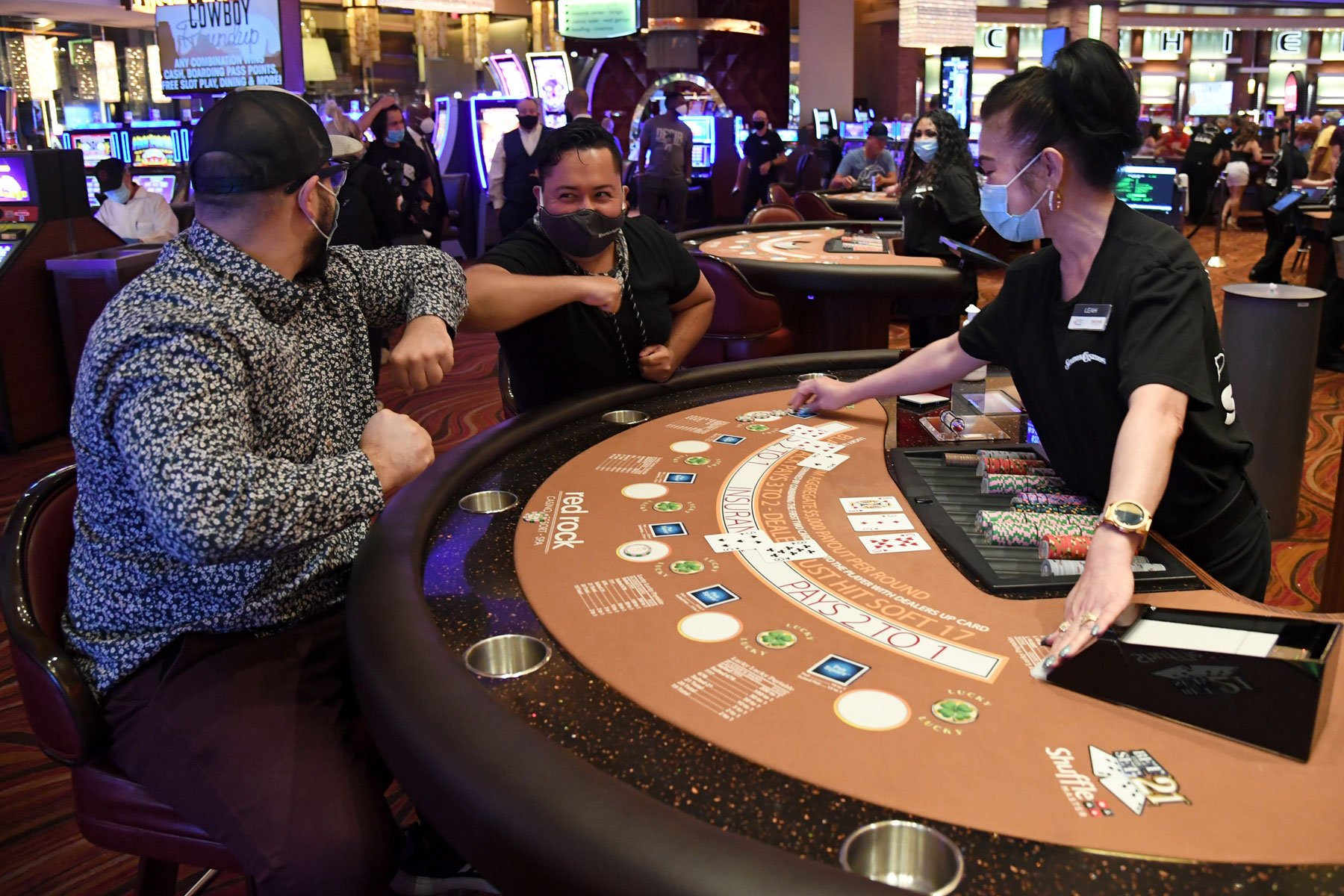 Nevada Casinos, Workers at Risk Under Sisolak's Coronavirus Restrictions