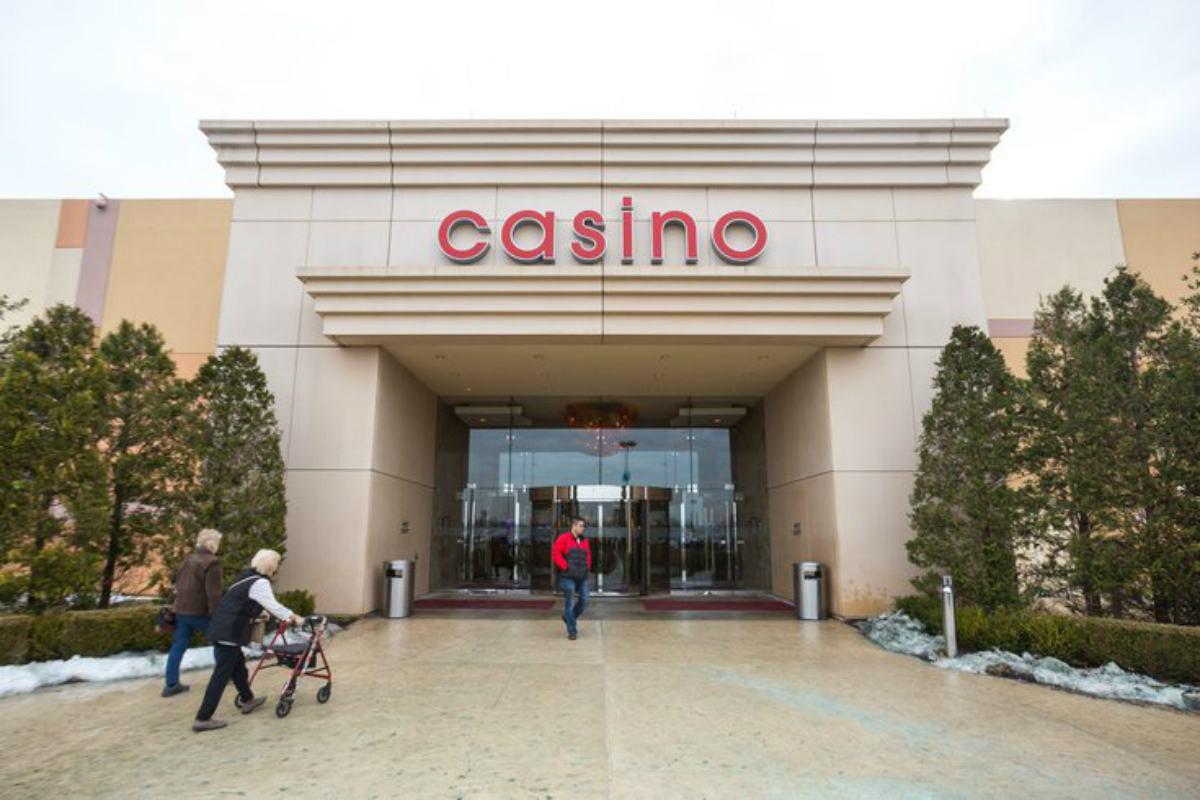 Pennsylvania casinos reopen Wolf