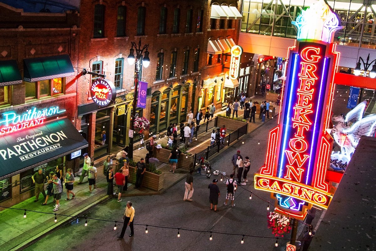 Detroit casinos capacity Michigan coronavirus
