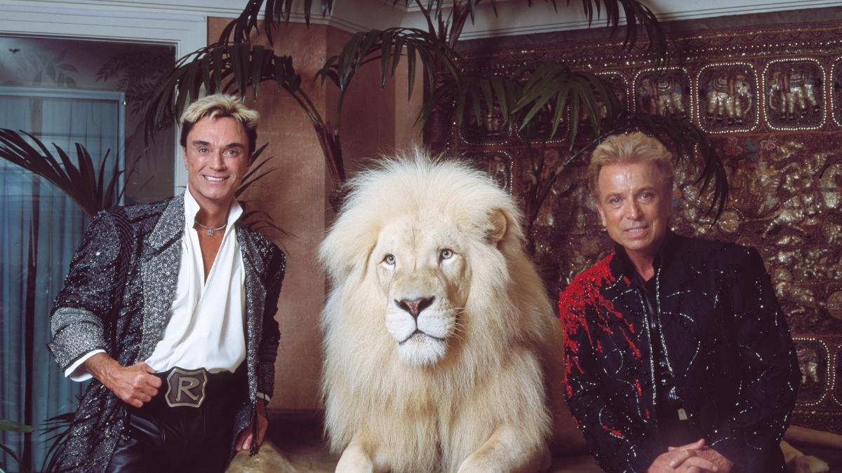 Siegfried & Roy Las Vegas magic entertainment