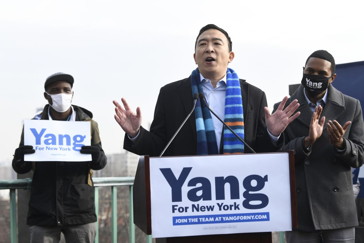 YAndrew Yang casino