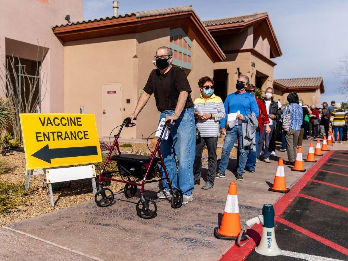 MGM Resorts Caesars Las Vegas vaccine COVID-19
