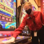 Mississippi Casino Paying Workers $300 to Receive COVID-19 Vaccine