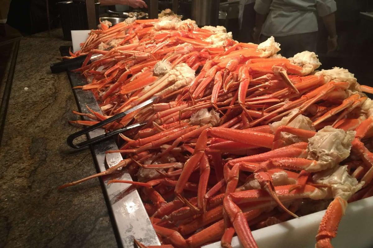 crab legs casino buffet Gulf Coast