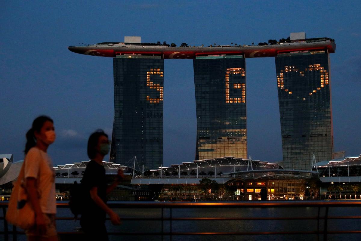 Singapore casino revenue Marina Bay Sands