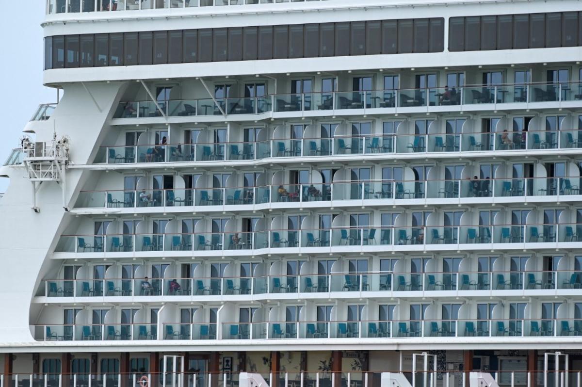 Genting Dream Cruises Singapore casino