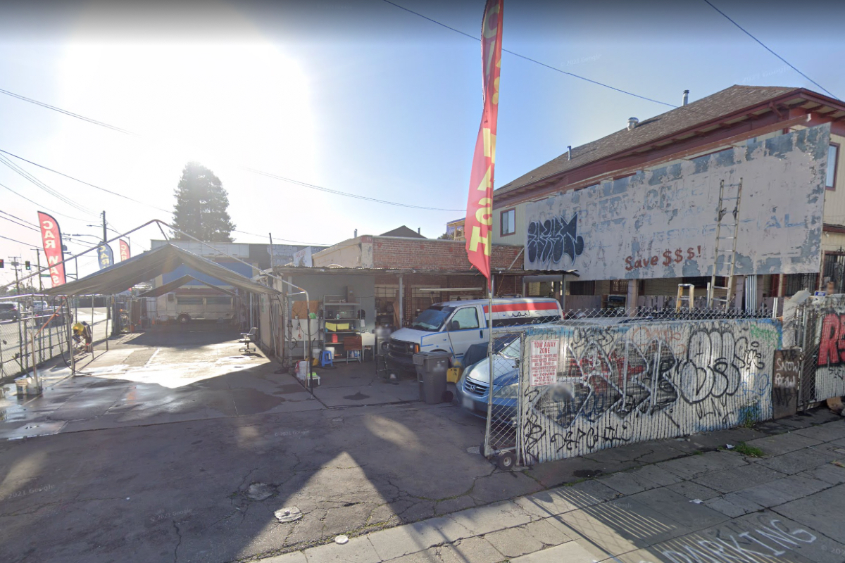 Oakland police casino den illegal gambling