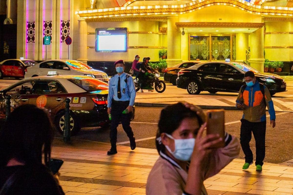 Macau casinos gross gaming revenue COVID-19
