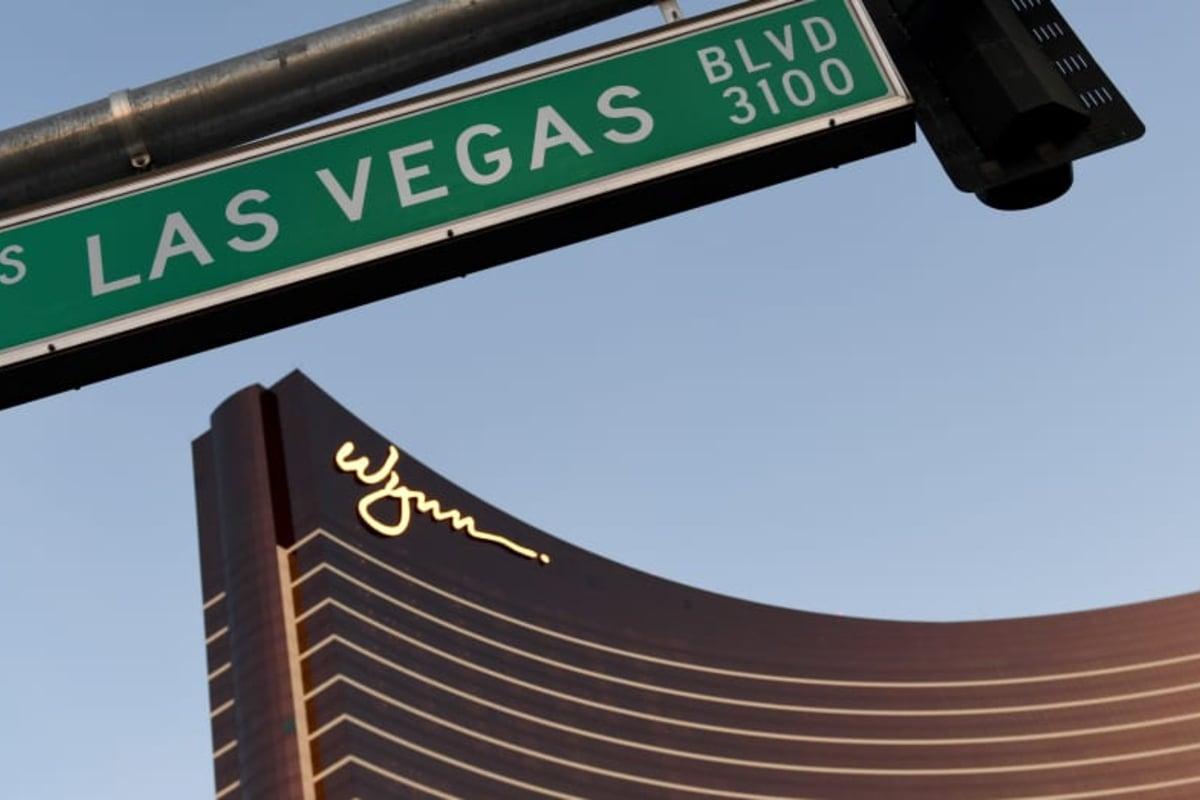 Wynn Las Vegas table game dealer
