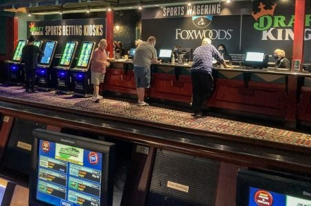 Connecticut sports betting iGaming Foxwoods Mohegan Sun