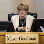 Las Vegas Mayor Carolyn Goodman Seeks to Widen Interstate 15