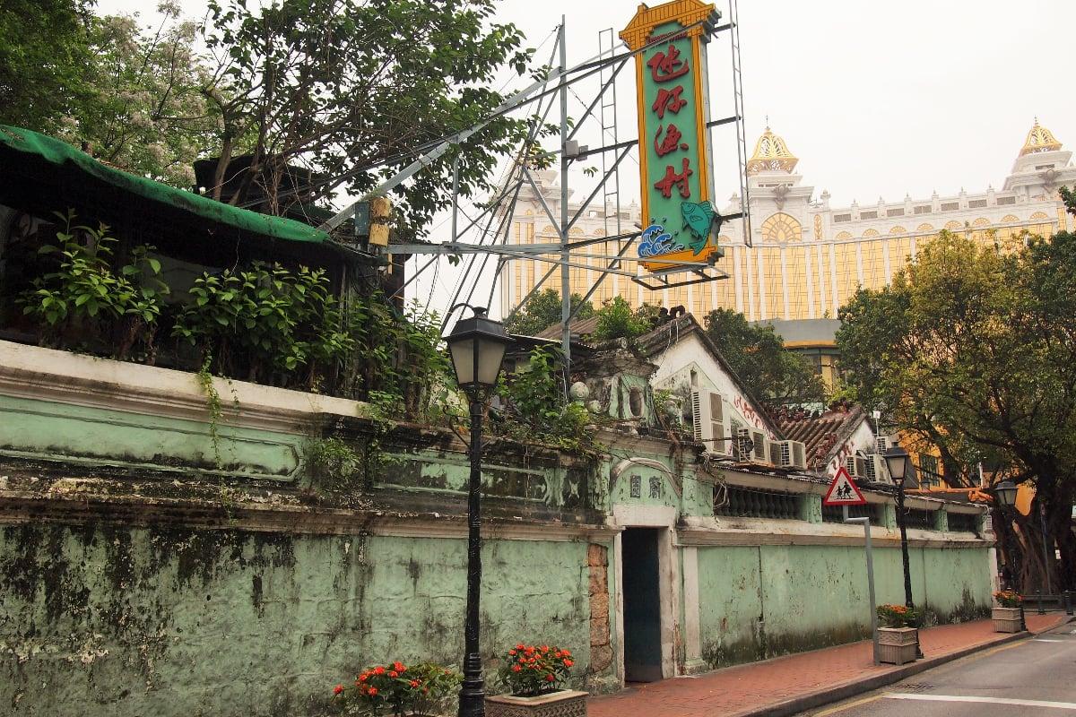 Macau casinos Cotai Strip GGR China
