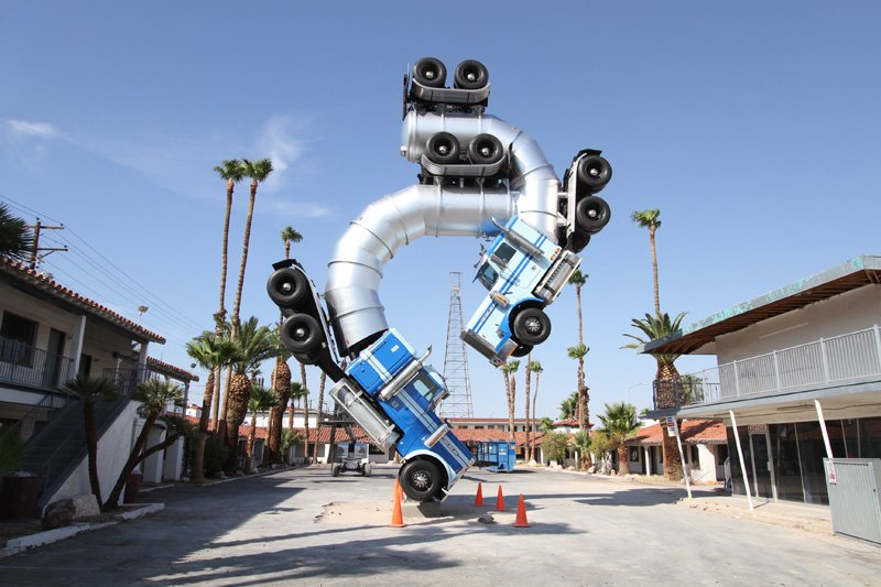 rig art big rig jig debuts in downtown las vegas and its glorious