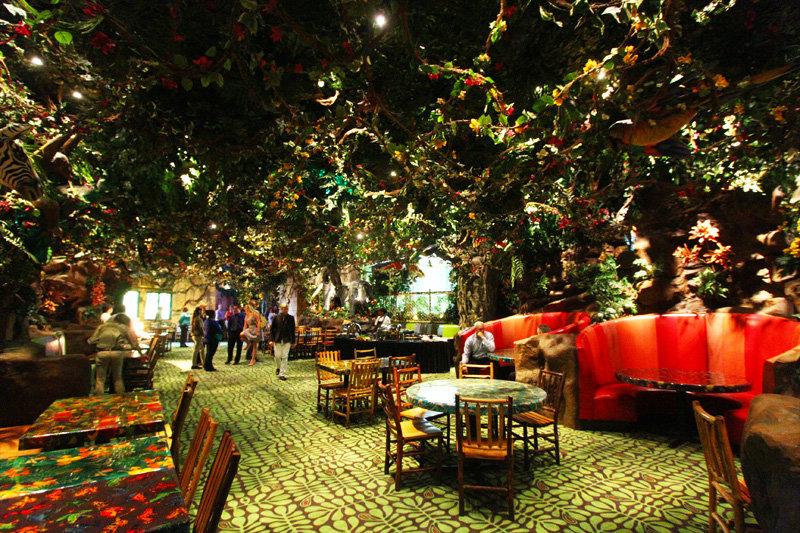 Harmon Corner Las Vegas Rainforest Cafe