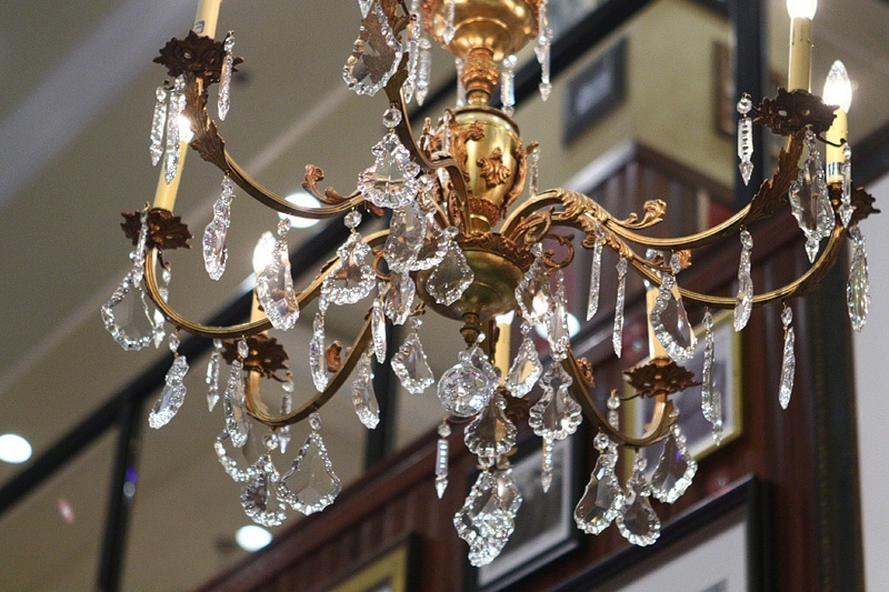 We're pretty sure no two chandeliers are alike. Who has time to keep track when so much food is on its way?