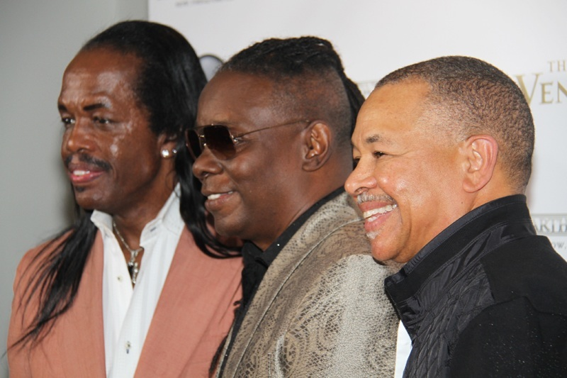 Earth, Wind & Fire still knows how to work a red carpet, too.