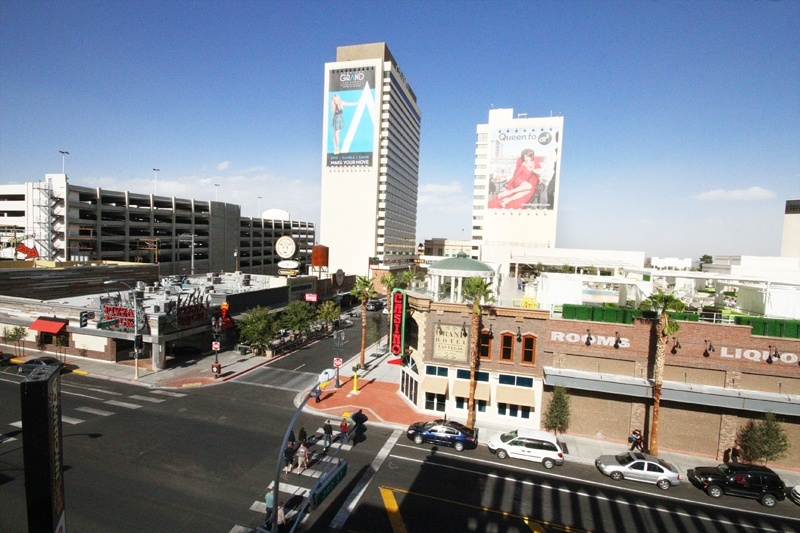 Whoo-hoo! Las Vegas newness!