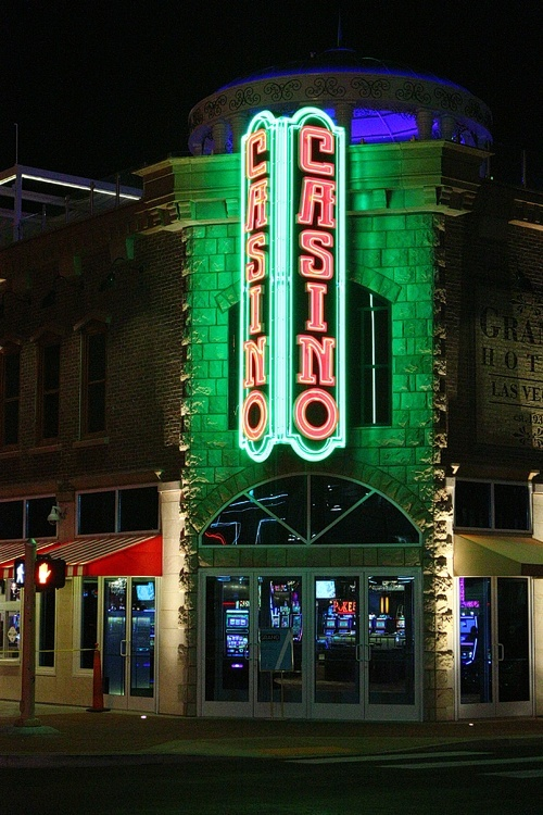 Lady luck casino hotel las 15