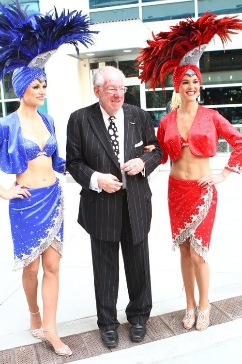 Oscar Goodman showgirls