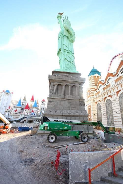 We started our trek at New York-New York, at the base of Lady Liberty.