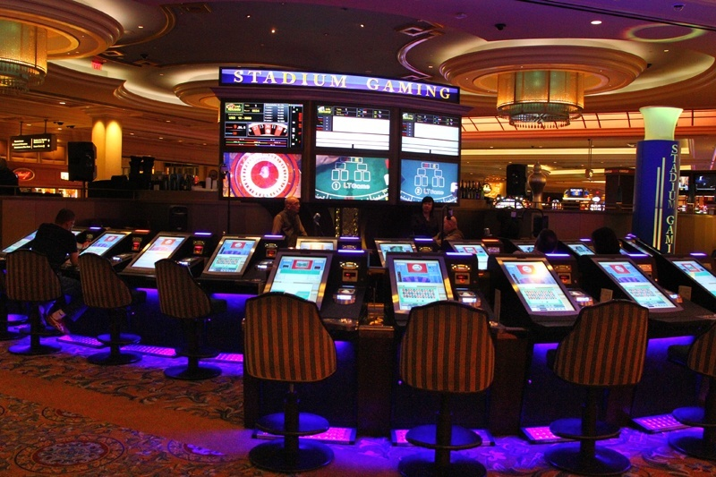 Vegas Slots | Play FREE Vegas-themed Slot Machine Games