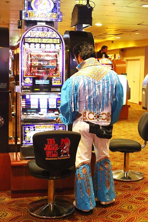 Elvis playing slots