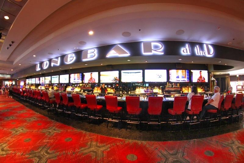 Longbar at The D Las Vegas